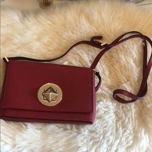 Red kate space crossbody
